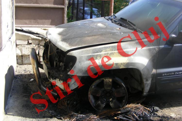 Mașina fostului director al ITM Cluj, liberalul Daniel Păcurariu, incendiată într-un atac MAFIOT. Ce spune IPJ Cluj! - VIDEO