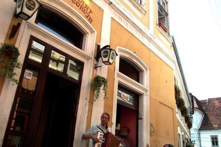 Tradiție și clasă la restaurantul Matei Corvin (P)