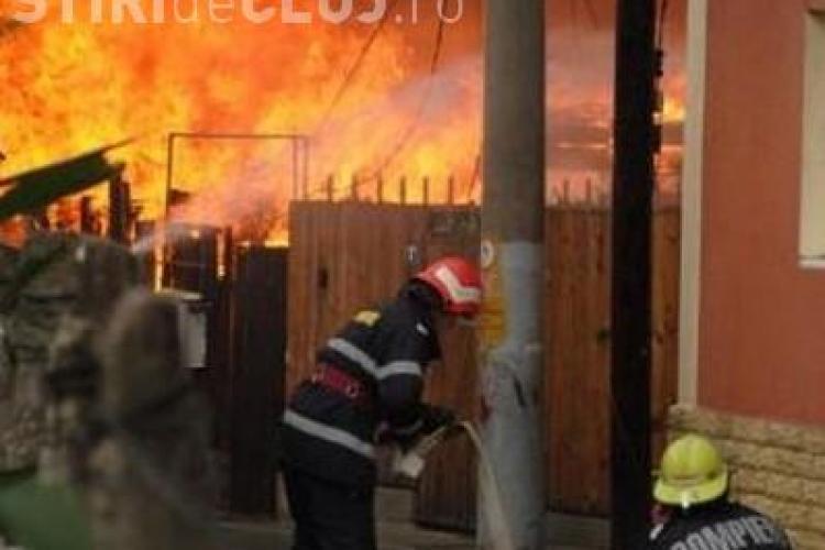 Incendiu pe strada Scorțarilor în Cluj-Napoca UPDATE
