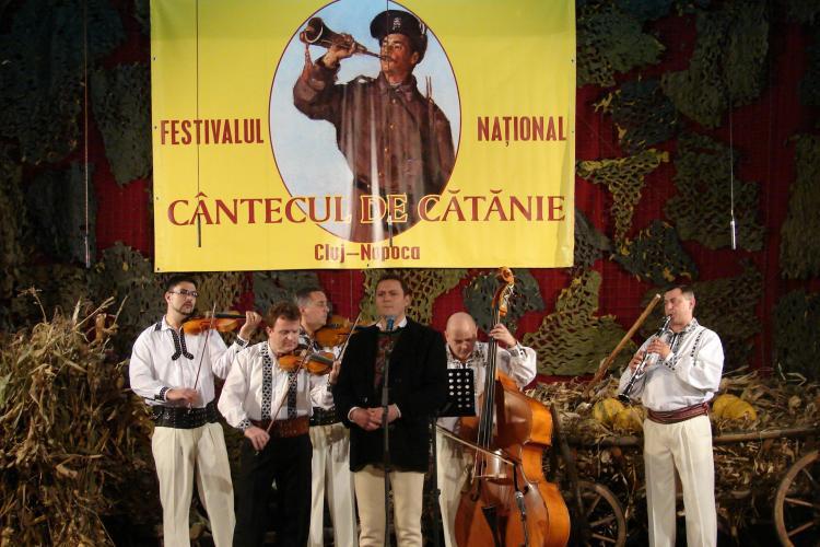 Începe Festivalul Naţional al Cântecului de Cătănie. Vezi cum te poţi înscrie la concurs!