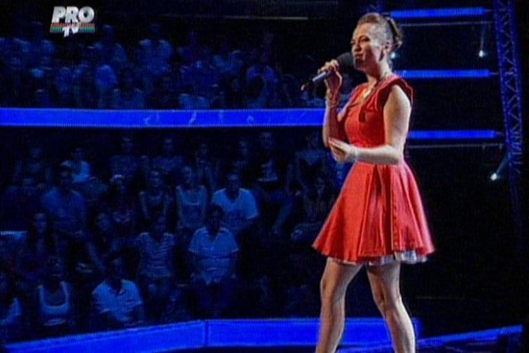 VOCEA ROMÂNIEI: O concurentă de 19 ani: Ştiam că trebuia să-mi iau alţi chiloţi VIDEO