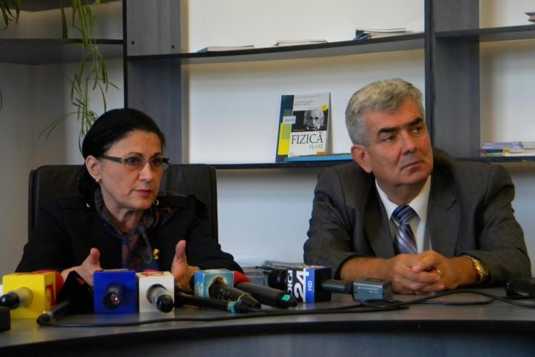 Ministrul Educaţiei, Ecaterina Adronescu, în inspecţie la şcolile din Cluj