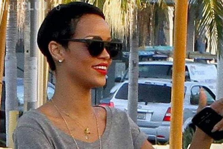 Rihanna s-a tuns ca băieţii
