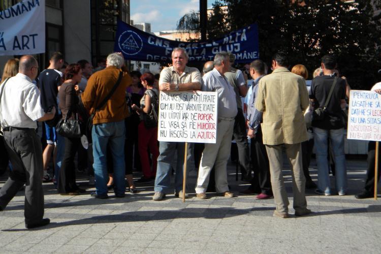 Sindicaliștii de la Cartel Afla au protestat la Prefectura Cluj - FOTO și VIDEO