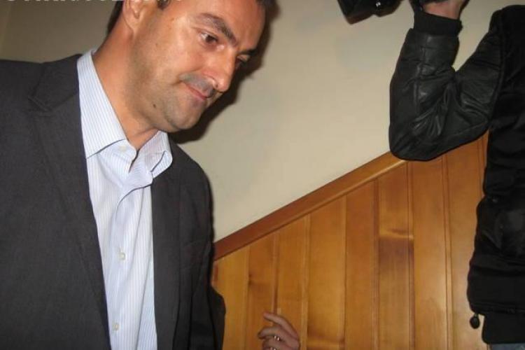 SORIN APOSTU - ELIBERAT. Fostul primar ajunge la Cluj-Napoca la miezul nopții