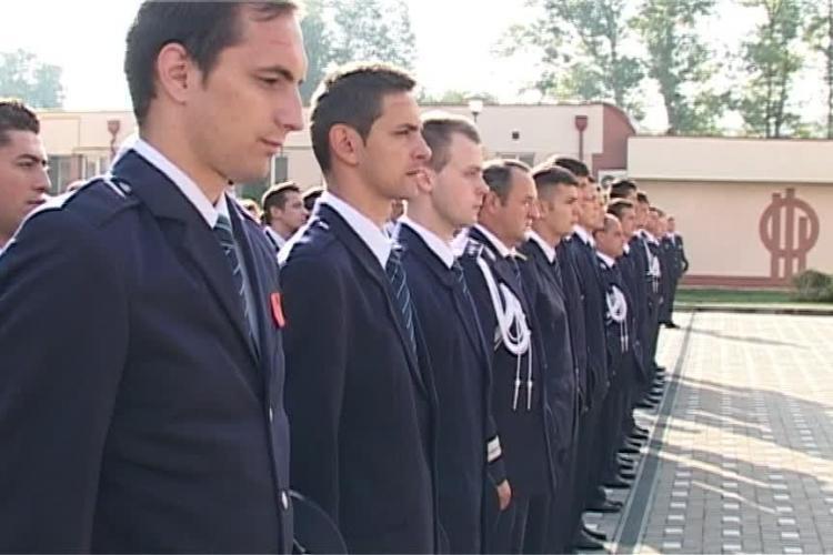 Emil Boc, la deschiderea Școlii de Agenți de Poliție Cluj. Între elevi sunt și 24 de agenți de la poliția locală - VIDEO