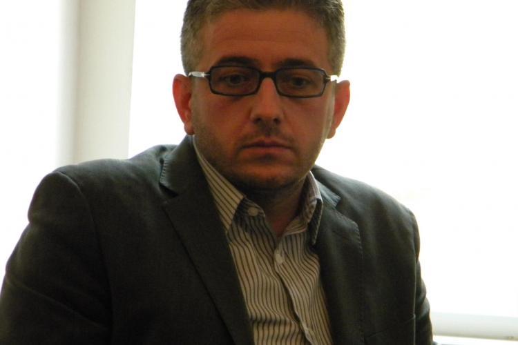 Un preot din Cluj organizează un târg de job -uri cu salarii de 500 de euro