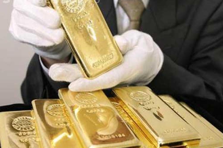 Investiții bancare. Românii cumpără aurul la kilogram