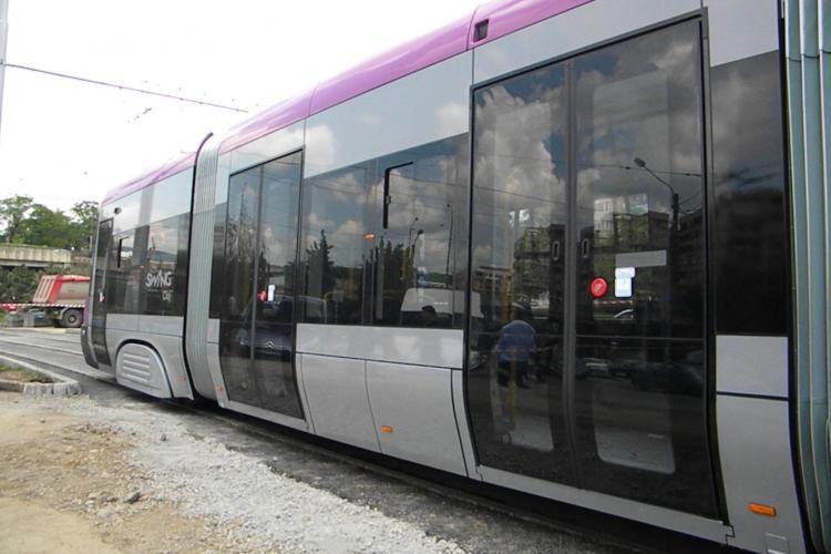 Un nou tramvai de 1,5 milioane de euro e pus în funcțiune la Cluj-Napoca