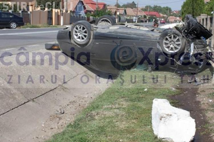 Accident la Luna! Un bolid Audi A6 s-a răsturnat la ieșire din Câmpia Turzii - FOTO