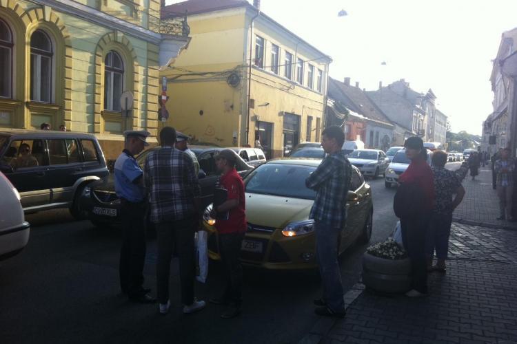 Accident pe strada Napoca. Un pieton a fost lovit de o mașină - VIDEO
