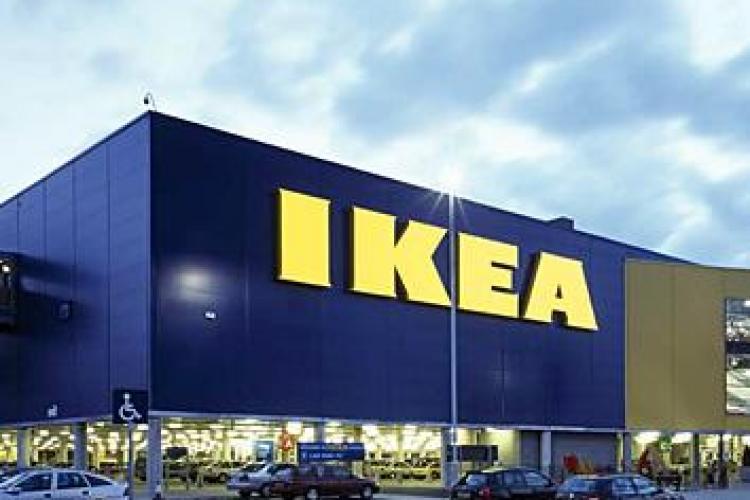 Ce FOTOGRAFIE a șters IKEA pentru a evita un conflict politic