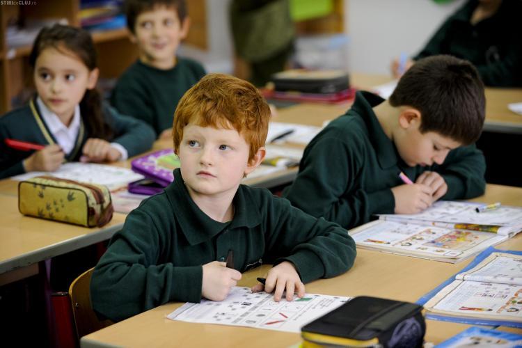 De ce să alegi o școală PRIVATĂ la Cluj: detalii de la oficialii Trasylvania College și Școala Elf - Emisiune ȘTIRI de CLUJ LIVE