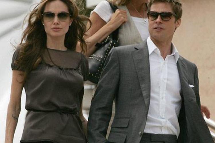 Brad Pitt și Angelina Jolie și-au surprins vecinii din Anglia. Vezi ce gest a facut cuplul de la Hollywood