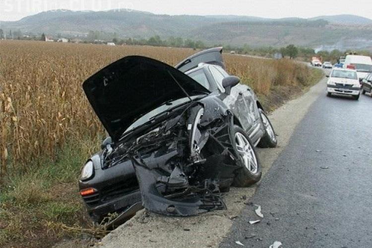 Miliardarul Marcel Mariș implicat într-un accident lângă Dej. A făcut PRAF un Porsche Cayenne - VIDEO