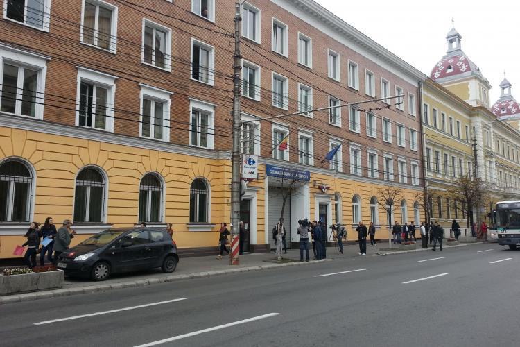 Zece conductori SPĂGARI de la Regionala CFR Cluj, reținuți de procurori - VIDEO și FOTO