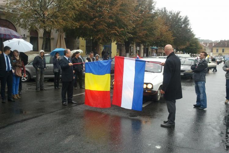 Nouă Dacii 1300 și 1310 au pornit într-un raliu caritabil de Cluj-Napoca până în Olanda - VIDEO și FOTO