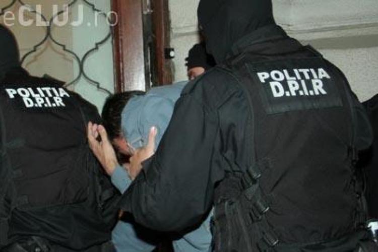Un clujean coordona o grupare care a țepuit cetățeni străini cu 600.000 de euro. Modul de acțiune era INGENIOS