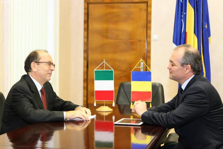 Emil Boc s-a întâlnit cu Ambasadorul Italiei, Mario Cospito - FOTO