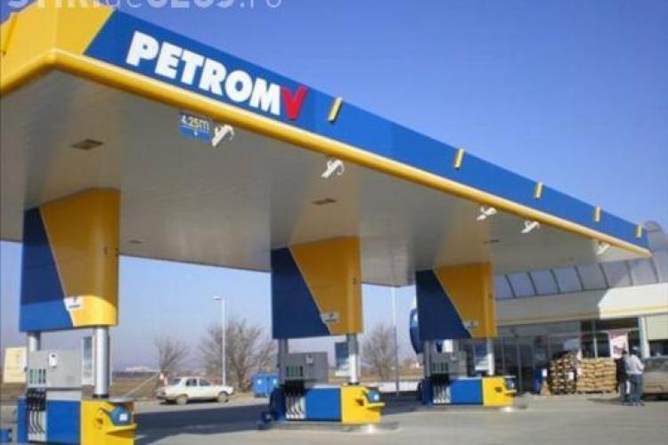Petrom SCADE preţurile. Benzina şi motorina SE IEFTINESC