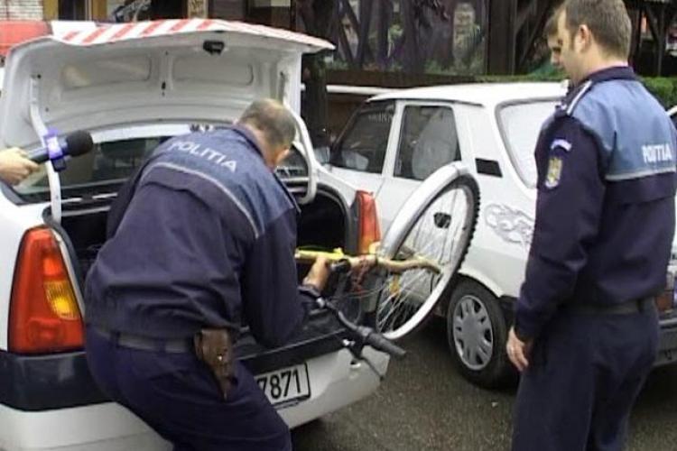 Are 15 ani, dar a furat 12 biciclete de la scările blocurilor din Cluj-Napoca