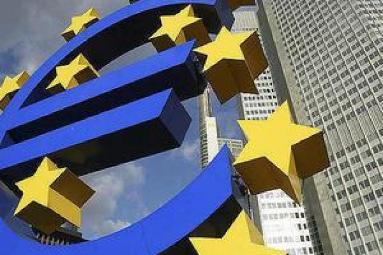 Comisia Europeană presuspendă trei programe în valoare de 10 miliarde de euro