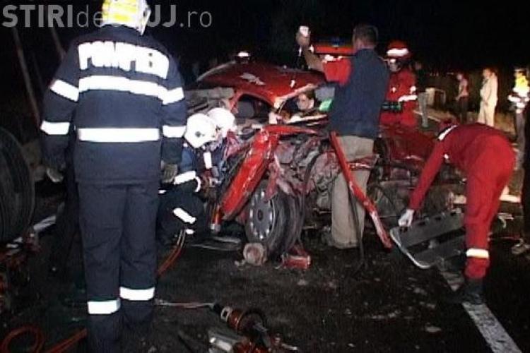 Accident la Cășeiu, între Dej și Baia Mare! Doi morți și 18 răniți. Un autocar FANY s-a răsturnat- VIDEO și FOTO