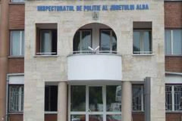 Un polițist din Abrud s-a împușcat cu arma din dotare chiar în sediul Poliției