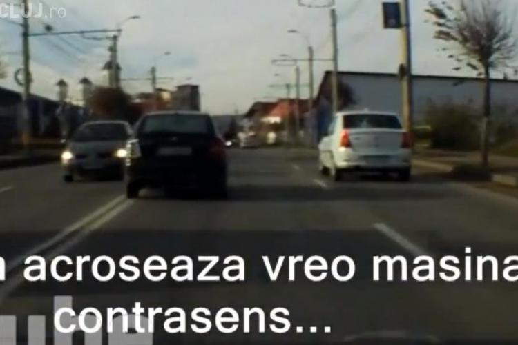 Șofer beat sau drogat filmat pe străzile Clujului! A scăpat de câteva ori fără a face accident - VIDEO
