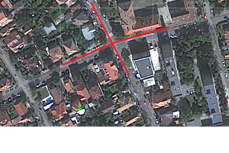 Intersecția Albini - Constantin Brâncoveanu, printre cele mai periculoase din oraș. Un Citroen s-a răsturnat