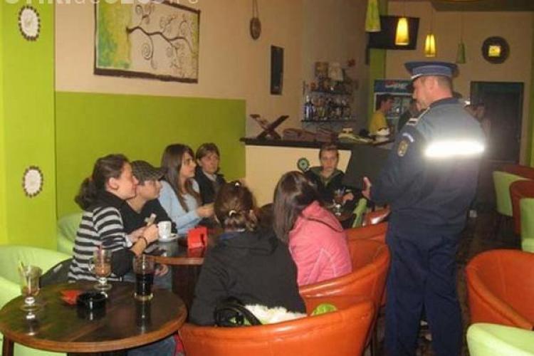 Un milion de absențe în școlile clujene. ISJ Cluj face controale în barurile de lângă şcoli