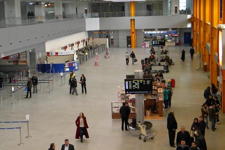Suporterii Galatasaray s-au bătut în Aeroportul Internațional Cluj