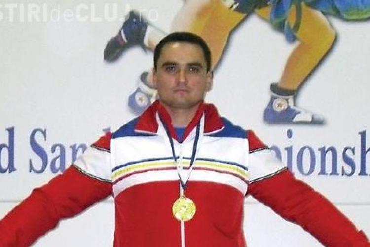 Un jandarm clujean, medialiat cu bronz la Campionatul Mondial de Sambo Master, având piciorul rupt - FOTO