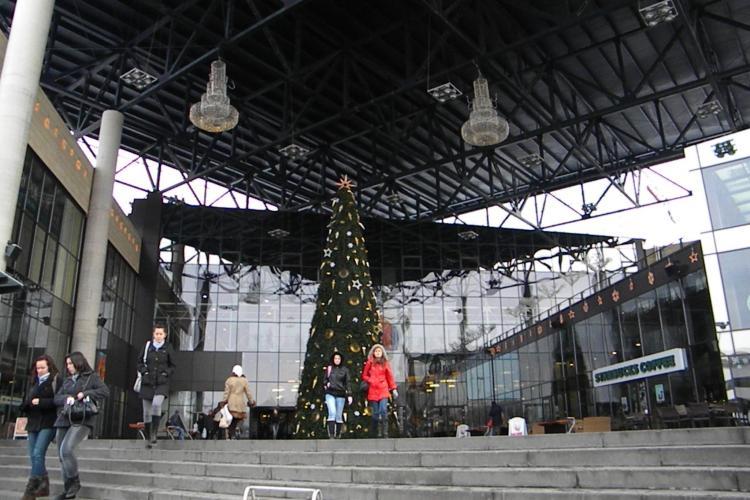 Iulius Mall se pregătește de Cărciun. Duminică, 2 decembrie, se aprind 100.000 de luminițe