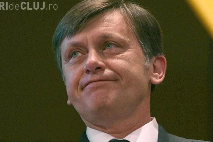 """Antonescu consideră că Băsescu a încălcat Constituţia """"în spirit"""""""