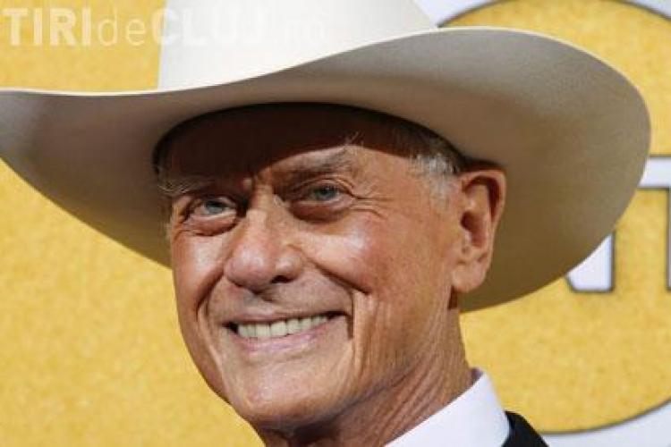 """Larry Hagman a murit. Interpretul lui J.R. din """"Dallas"""" s-a stins din viață"""