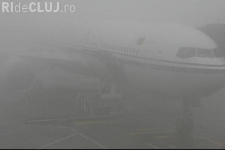 Aeroportul din Cluj este paralizat de ceață și luni dimineața