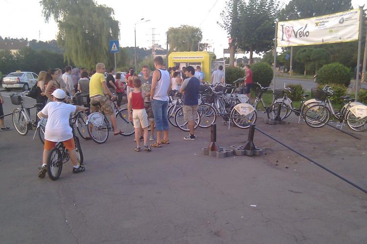 Un sfert din bicicletele de inchiriat de la Sala Sporturilor din Cluj s-au stricat - VIDEO si FOTO