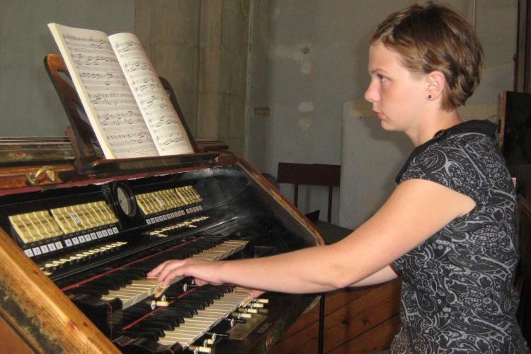 Concert cu 60 de muzicieni la Biserica Reformata din Cluj, in 23 iulie