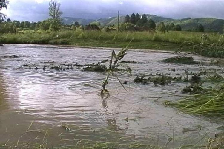 Digul de protectie de pe Somesul Mic este in pericol in zona comunei Bontida