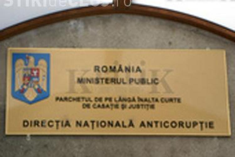 """Scandalul """"xerox la BAC"""" s-a lasat cu arestarea directorilor de la Scoala """"Alexandru Borza"""" si """"Edmond Nicolau"""" din Cluj"""