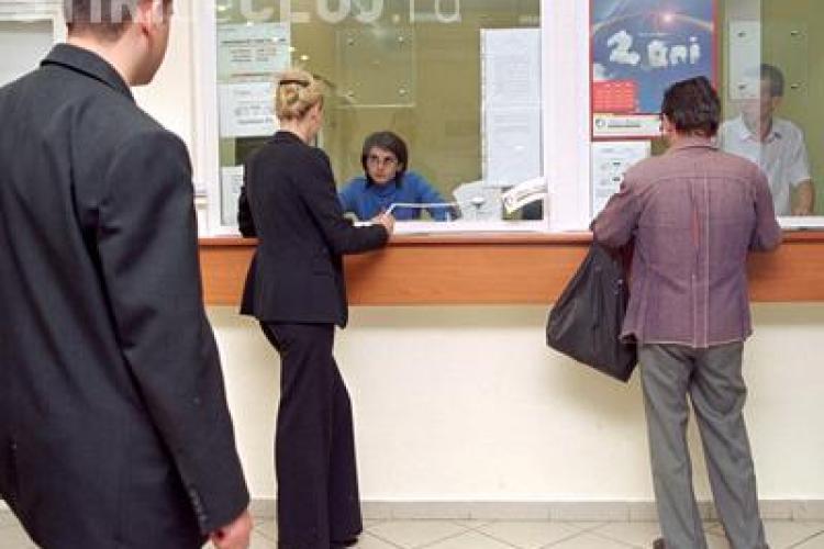 Sase banci din Cluj-Napoca au fost amendate de ITM pentru suprasolicitarea psihica a angajatilor