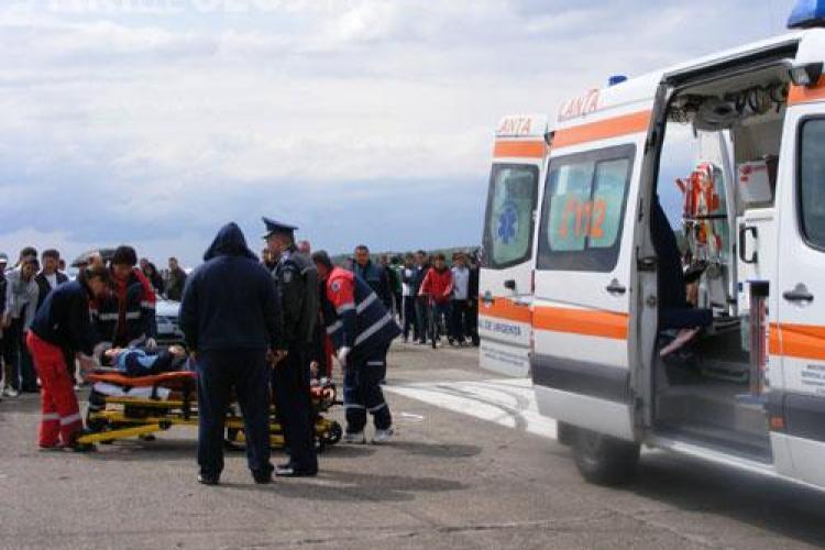 Accident grav in Turda. O fetita de 12 ani a fost lovita de un autoturism in plina strada