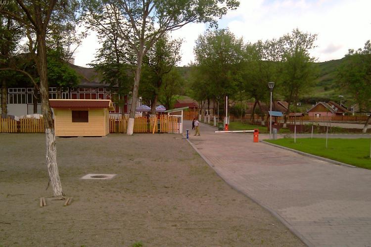 Autobuze spre Baile Cojocna pleaca zilnic de la Autogara Cluj-Napoca, dar si de la podul IRA. Vezi orarul autobuzelor