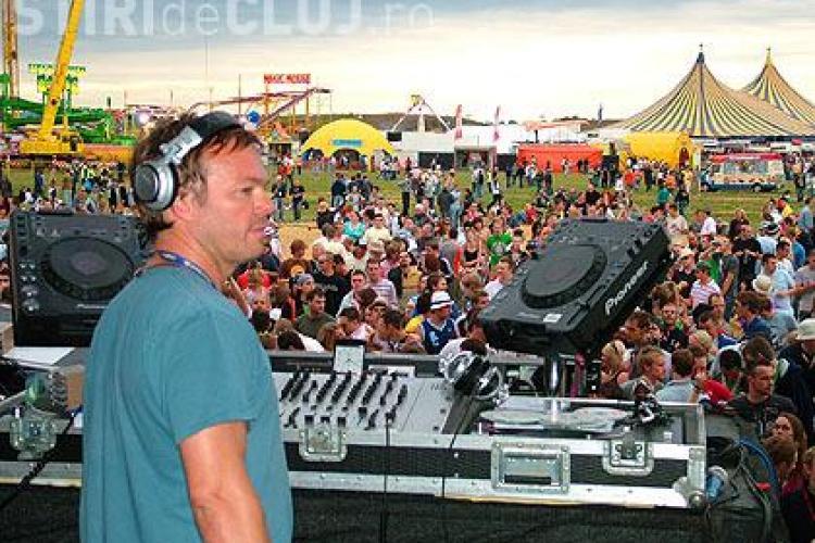Concertul DJ -ului Pete Tong in StratoSfera de la Iulius Mall a fost anulat. Cursa Tarom care il aducea la Cluj a aterizat la Bucuresti