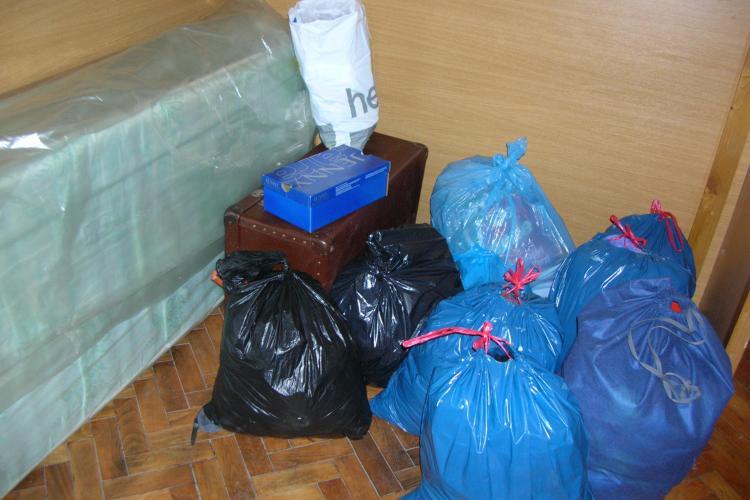 Clujenii au facut donatii pentru sinistrati. VEZI unde sunt Centrele de colectare a ajutoarelor - FOTO