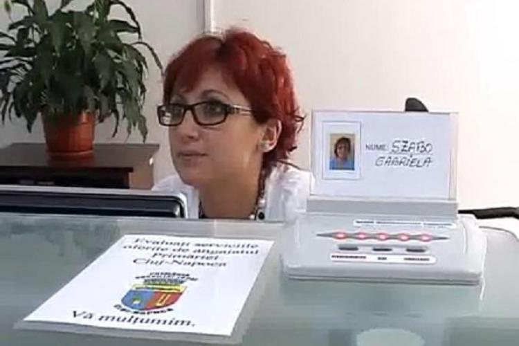 """Clujenii le pot da """"note"""" functionarilor de la ghiseele Primariei: """"nesatisfacator"""", """"bine"""", """"foarte bine"""" - VIDEO"""