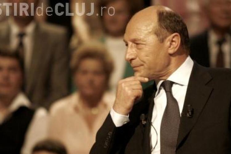 """Financial Times: """"Vicleanul Băsescu ar mai putea avea câteva cărţi de jucat"""""""