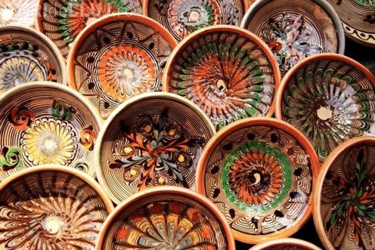 Ceramica de Horezu este inclusă de UNESCO în Patrimoniul Cultural Imaterial