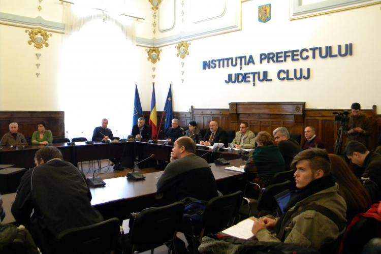 Prefectul de Cluj: Nu sunt drumuri blocate din cauza zăpezii în judeţul Cluj -VIDEO